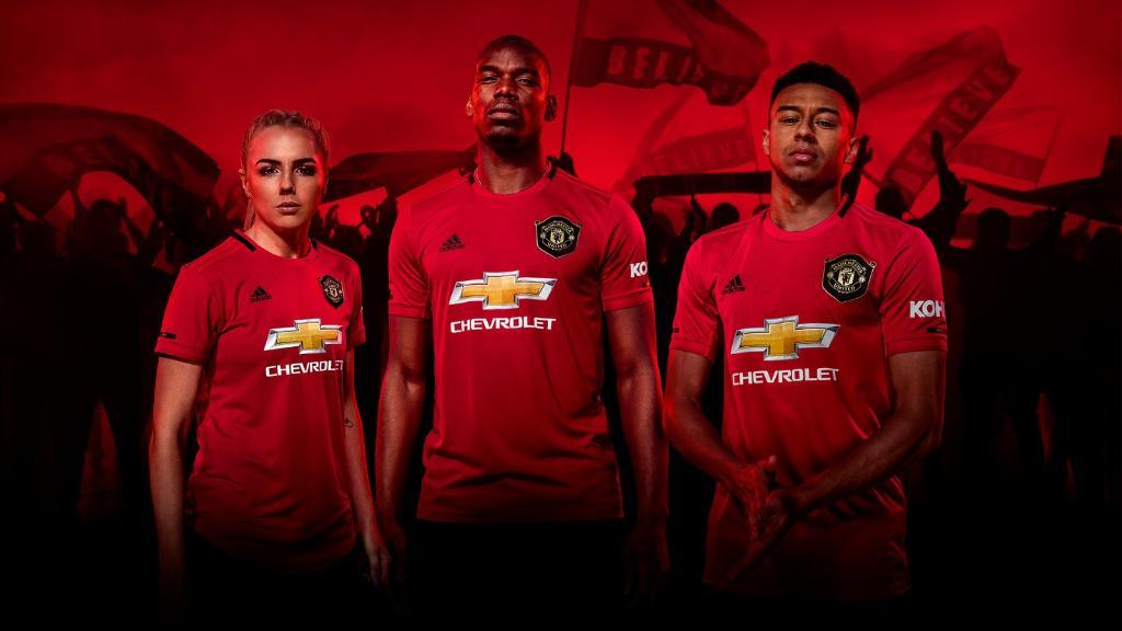 https: img-z.okeinfo.net content 2019 05 16 45 2056562 man-united-rilis-jersey-anyar-untuk-musim-2019-2020-HOdlIOWNkH.jpg