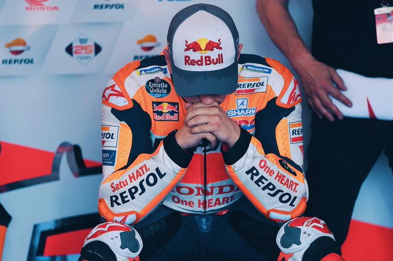 https: img-z.okeinfo.net content 2019 05 17 38 2056828 kecewanya-lorenzo-finis-di-belakang-test-rider-honda-pada-motogp-spanyol-EUDTcidIFE.jpg