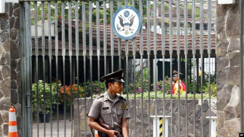 https: img-z.okeinfo.net content 2019 05 18 337 2057271 as-peringatkan-warganya-di-indonesia-waspada-aksi-teroris-pada-22-mei-2019-KdFu3IdWCM.jpg