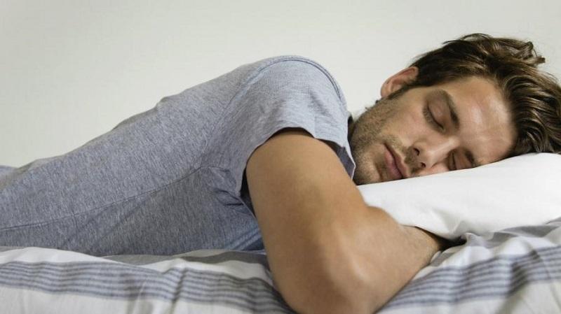 https: img-z.okeinfo.net content 2019 05 20 614 2057767 bolehkah-begadang-dan-tidur-seharian-saat-puasa-WDX8AoncLN.jpg