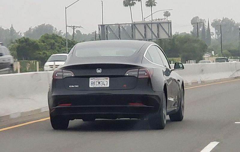 https: img-z.okeinfo.net content 2019 05 21 15 2058405 pemilik-mobil-ini-samarkan-identitas-asli-kendaraan-listrik-Fpr7UzFiJe.jpg