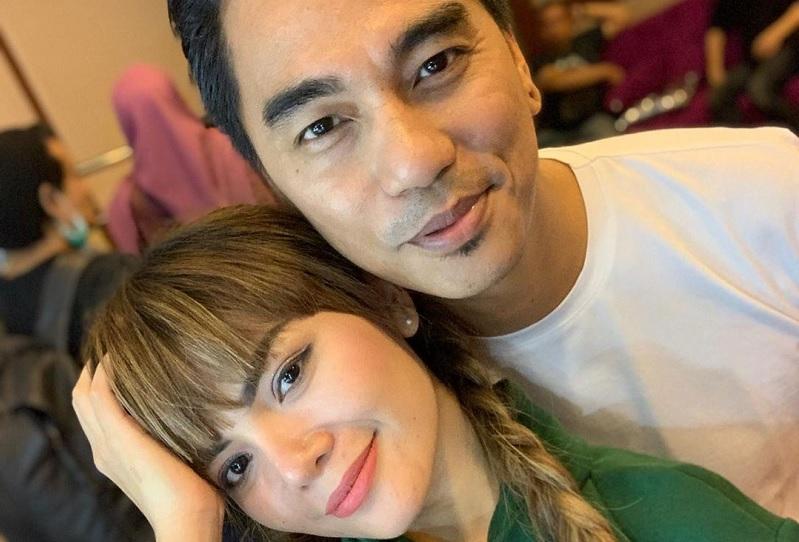https: img-z.okeinfo.net content 2019 05 21 33 2058349 enda-ungu-foto-bareng-dinar-candy-netizen-bahaya-nanti-keluarga-hancur-6iWJiD1Mfj.jpg