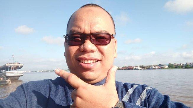 https: img-z.okeinfo.net content 2019 05 26 337 2060488 anggota-bpn-mustofa-nahrawardaya-ditangkap-polisi-terkait-hoaks-kerusuhan-22-mei-TInIaYYaGd.jpg