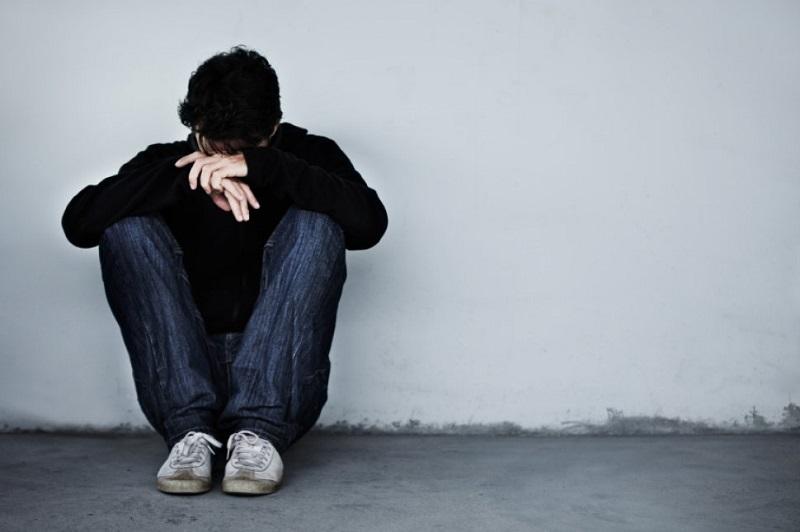 https: img-z.okeinfo.net content 2019 05 27 481 2060668 mengapa-banyak-anak-muda-mengalami-masalah-kesehatan-mental-aXOFZN9tF6.jpg