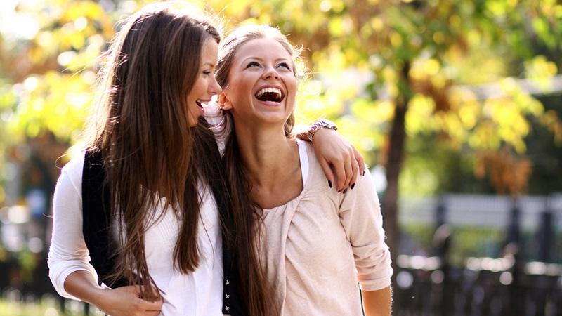 https: img-z.okeinfo.net content 2019 05 28 196 2061329 pakar-ungkap-perempuan-yang-belum-menikah-adalah-orang-paling-bahagia-xWaAbjLVv7.jpg