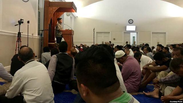 https: img-z.okeinfo.net content 2019 05 30 18 2062061 kisah-dua-hafiz-muda-indonesia-jadi-imam-tarawih-di-amerika-aAcjW9CiV7.jpg