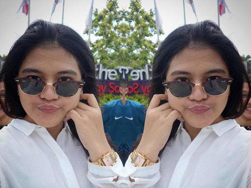 https: img-z.okeinfo.net content 2019 05 31 194 2062335 5-gaya-keren-kahiyang-ayu-kenakan-kacamata-cantik-mirip-raisa-EZYBtyanP9.jpg