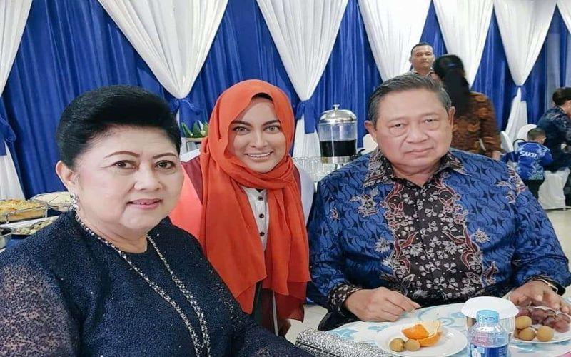 https: img-z.okeinfo.net content 2019 06 01 33 2062850 ani-yudhoyono-meninggal-dunia-jane-shalimar-kami-merindukanmu-memo-3WYs13x8LG.jpg
