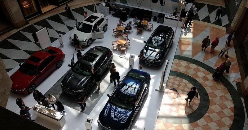 https: img-z.okeinfo.net content 2019 06 08 15 2064606 bmw-jaguar-land-rover-ungkap-alasan-kerjasama-kembangkan-mobil-listrik-NeqHn6nn3C.jpg