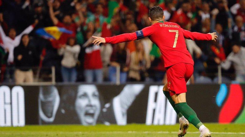 https: img-z.okeinfo.net content 2019 06 09 51 2064707 ronaldo-ungkap-kunci-sukses-bersama-timnas-portugal-di-uefa-nations-league-2018-2019-U61IRv2ryF.jpg