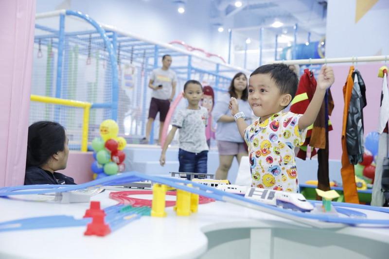 https: img-z.okeinfo.net content 2019 06 10 406 2065052 arena-permainan-ini-membantu-mengasah-motorik-halus-dan-perkembangan-anak-lunSCz0fUT.jpg