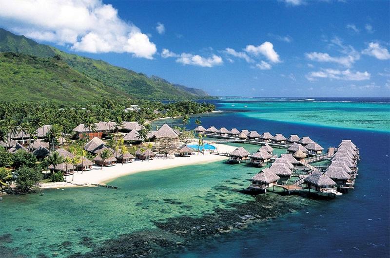 https: img-z.okeinfo.net content 2019 06 10 615 2064943 akhirnya-lombok-raih-predikat-destinasi-wisata-halal-terbaik-dunia-ejTKgIgrks.jpg