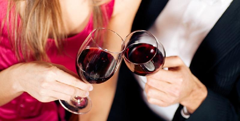 https: img-z.okeinfo.net content 2019 06 11 485 2065427 6-dampak-kecanduan-minum-alkohol-bikin-anda-payah-di-ranjang-rBtAMVJ0VF.jpg
