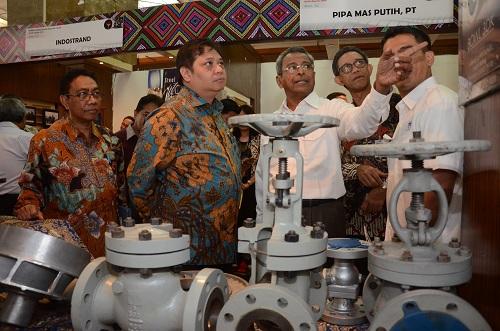 https: img-z.okeinfo.net content 2019 06 12 320 2065728 sharp-dan-lg-akan-relokasi-pabrik-ke-indonesia-menperin-kita-monitor-q30BbkLMS6.JPG