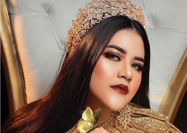 https: img-z.okeinfo.net content 2019 06 14 194 2066560 kahiyang-ayu-manglingi-saat-photoshoot-netizen-sebut-mirip-nagita-slavina-hingga-raisa-1n7KY4ORjf.jpg