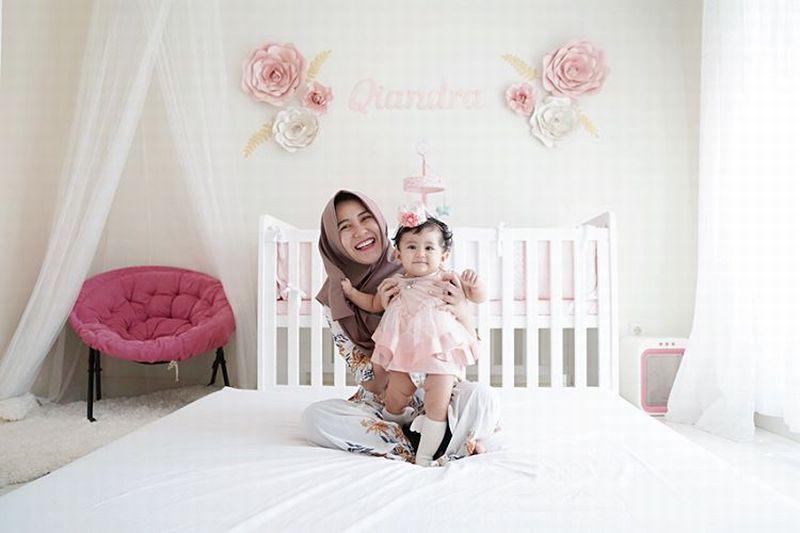 https: img-z.okeinfo.net content 2019 06 17 194 2067567 gaya-modis-hijab-kekinian-ala-ryana-dea-jy3MpvAVVO.jpg