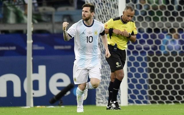 https: img-z.okeinfo.net content 2019 06 21 51 2068993 messi-optimis-timnas-argentina-bakal-lolos-ke-perempatfinal-copa-america-2019-7rg2DPgOYZ.jpg