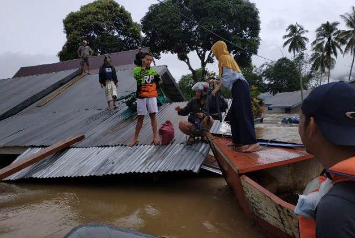 https: img-z.okeinfo.net content 2019 06 22 340 2069682 kerugian-akibat-banjir-bandang-di-konawe-utara-capai-rp674-8-miliar-uRTlKkAIcB.JPG