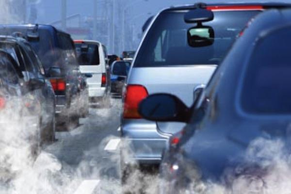https: img-z.okeinfo.net content 2019 06 24 15 2070368 kena-aturan-emisi-ratusan-ribu-mobil-bekas-dibuang-ke-polandia-qLru3IeUdd.jpg