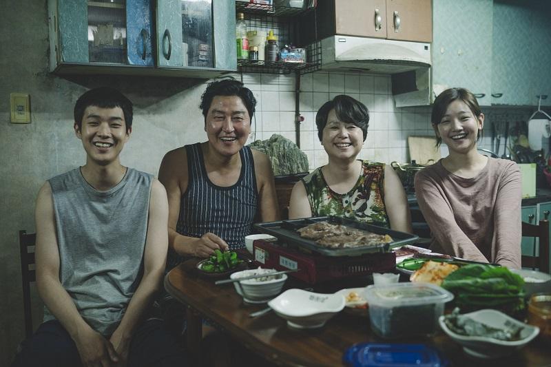 https: img-z.okeinfo.net content 2019 06 25 206 2070877 film-korea-parasite-geser-men-in-black-dari-puncak-box-office-perancis-tneUV2qF3r.jpg