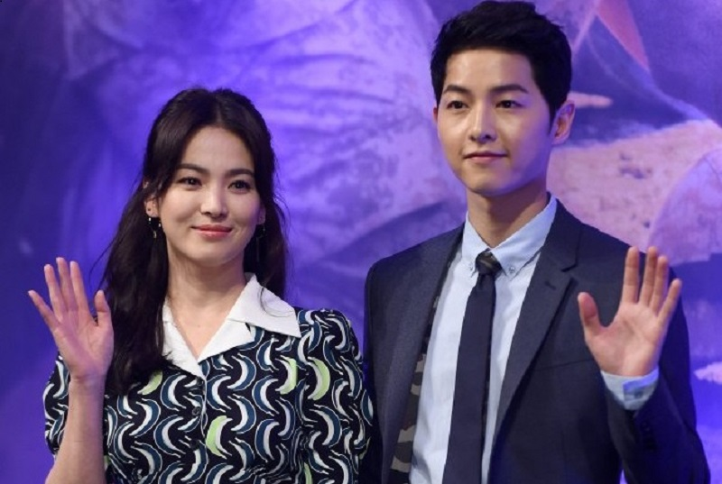 https: img-z.okeinfo.net content 2019 06 27 33 2071458 song-hye-kyo-beberkan-alasan-bercerai-dengan-song-joong-ki-NtAEnGXPwq.jpg