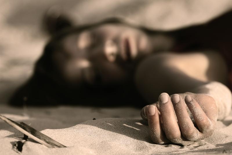 https: img-z.okeinfo.net content 2019 06 27 338 2071856 mayat-perempuan-dengan-kondisi-terikat-ditemukan-di-selokan-bekasi-AVOyuoSVR4.jpg
