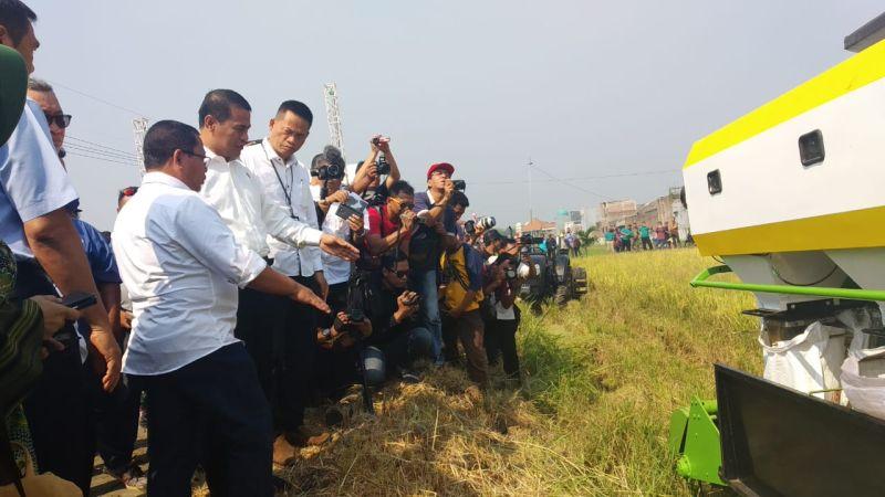 https: img-z.okeinfo.net content 2019 07 01 1 2072979 membangun-pertanian-4-0-di-daerah-ini-langkah-besar-kementan-KFAUa3T6k8.jpg