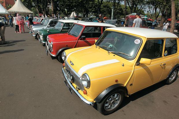 https: img-z.okeinfo.net content 2019 07 06 320 2075360 kemenhub-indonesia-belum-batasi-usia-kendaraan-pribadi-NkZDQJ0VHP.jpg