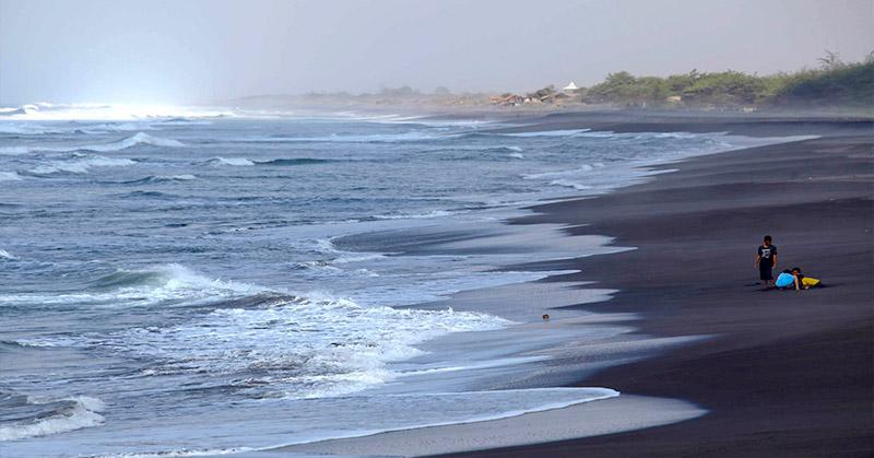 https: img-z.okeinfo.net content 2019 07 08 340 2075835 air-laut-pasang-surut-di-6-wilayah-ini-usai-gempa-m7-1-maluku-utara-jAEDfA5lK8.jpg
