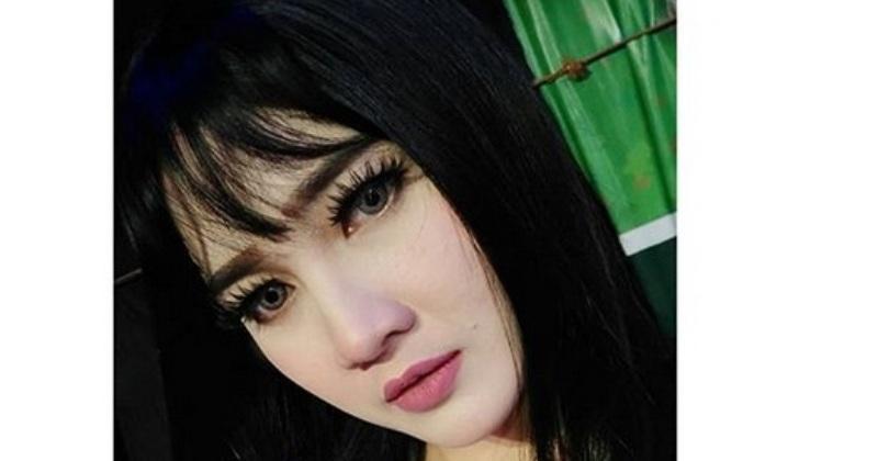 https: img-z.okeinfo.net content 2019 07 09 205 2076339 nella-kharisma-siap-ramaikan-pesta-rakyat-panggung-prajurit-di-surabaya-23Rl2UtngD.jpg
