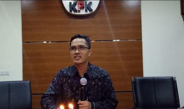 https: img-z.okeinfo.net content 2019 07 12 337 2077877 kpk-geledah-5-lokasi-terkait-suap-ketua-dprd-tulungagung-YtuxTLj70v.JPG