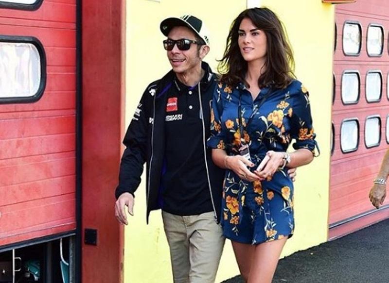 https: img-z.okeinfo.net content 2019 07 12 38 2078019 francesca-novello-yakin-menikah-dengan-valentino-rossi-Jxk54imLjs.jpg