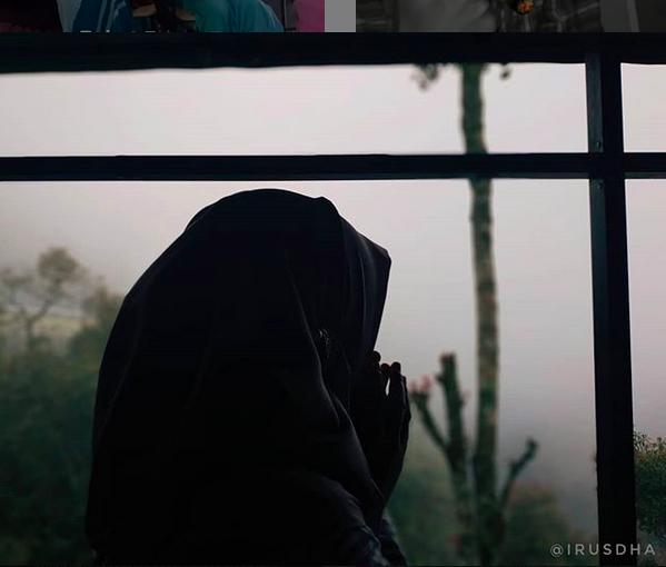 https: img-z.okeinfo.net content 2019 07 14 196 2078677 ikhlas-merawat-anak-istri-kedua-poligami-menghancurkan-impian-ibuku-FSCi0muuVR.png
