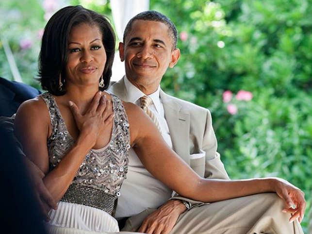 https: img-z.okeinfo.net content 2019 07 16 485 2079778 michelle-obama-bongkar-cerita-soal-kehidupan-seksnya-YODscs61c0.jpg