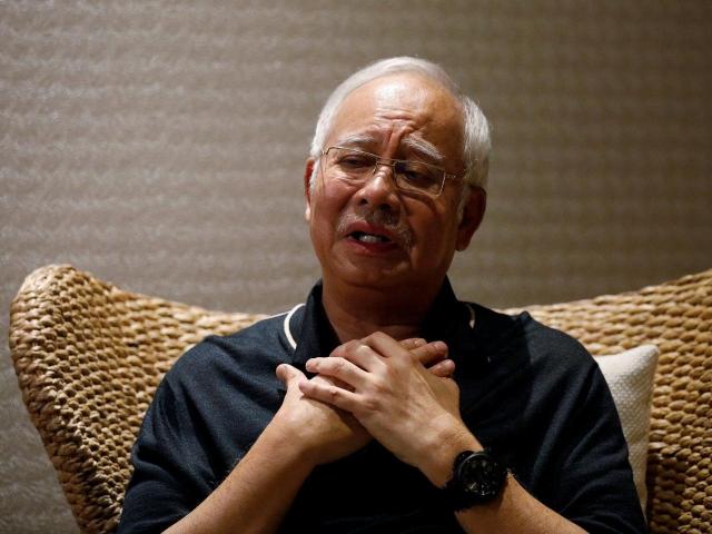 https: img-z.okeinfo.net content 2019 07 17 18 2079972 mantan-pm-malaysia-najib-razak-habiskan-rp11-2-miliar-untuk-beli-perhiasan-mQpVkjXNH3.jpg