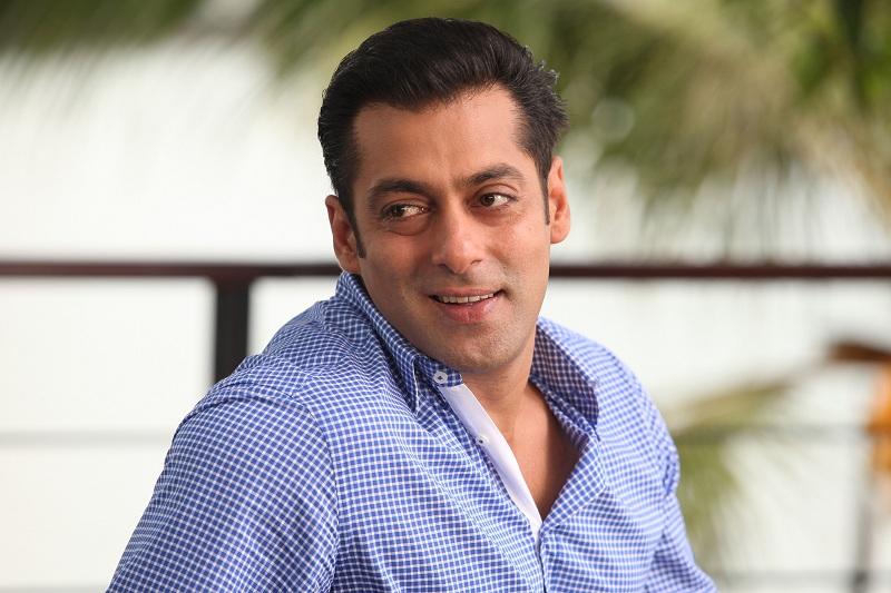 Gara-Gara Buat Tanda Salib, Aktor Bollywood Salman Khan Dituding Murtad