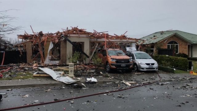 https: img-z.okeinfo.net content 2019 07 19 18 2080998 ledakan-gas-hancurkan-rumah-di-christchurch-6-orang-terluka-arxFV5ZoCJ.jpg