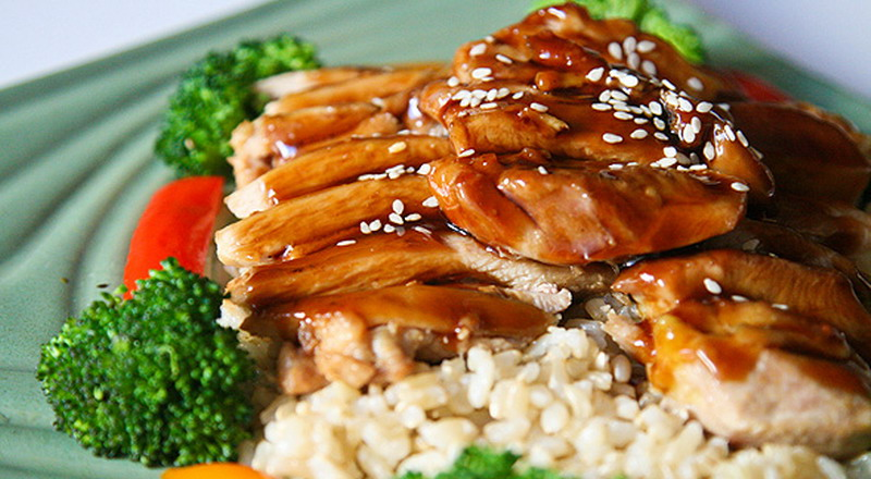 https: img-z.okeinfo.net content 2019 07 19 298 2081079 eksperimen-memasak-di-akhir-pekan-coba-unicorn-chicken-teriyaki-sushi-roll-deh-zwu1LyKCmZ.jpg
