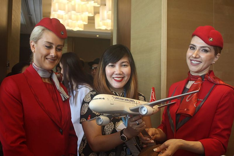 https: img-z.okeinfo.net content 2019 07 19 320 2081002 siapkan-paket-khusus-mnc-travel-dukung-rute-baru-turkish-airlines-FNwDRPrgSo.jpg