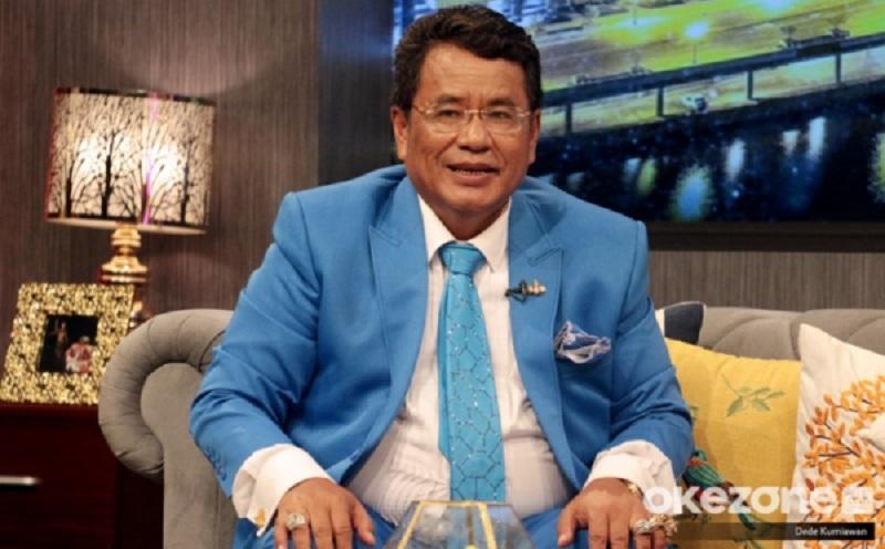 https: img-z.okeinfo.net content 2019 07 19 33 2080894 wajah-imut-rius-vernandez-bikin-hotman-paris-malas-jadi-kuasa-hukum-garuda-indonesia-W2No1Nch6p.jpg