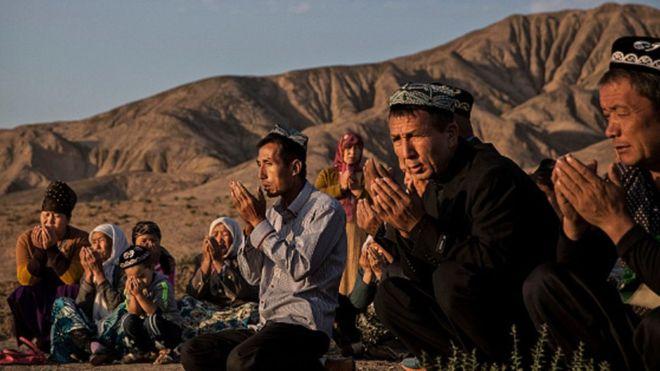 https: img-z.okeinfo.net content 2019 07 19 614 2080900 menlu-as-penganiayaan-terhadap-muslim-uighur-jadi-noda-abad-ini-wEmK2zIS25.jpg