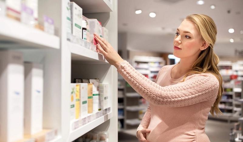 https: img-z.okeinfo.net content 2019 07 27 481 2084470 daftar-kandungan-kosmetik-yang-berbahaya-bagi-ibu-hamil-Kd9kzUqaUG.jpg