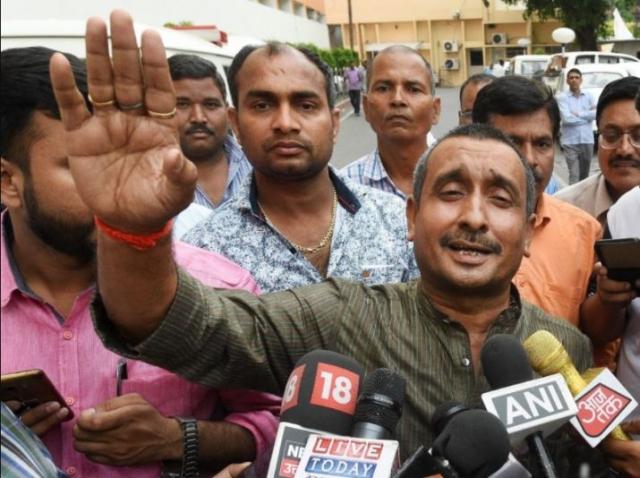 https: img-z.okeinfo.net content 2019 07 29 18 2085125 mengaku-diperkosa-politisi-india-gadis-19-tahun-kritis-usai-mobil-ditabrak-truk-Ydd29koyYd.jpg