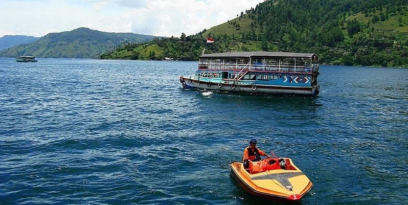 https: img-z.okeinfo.net content 2019 07 29 320 2085048 bakal-ada-bus-air-rp22-miliar-di-danau-toba-9SEkd6IHS6.jpg