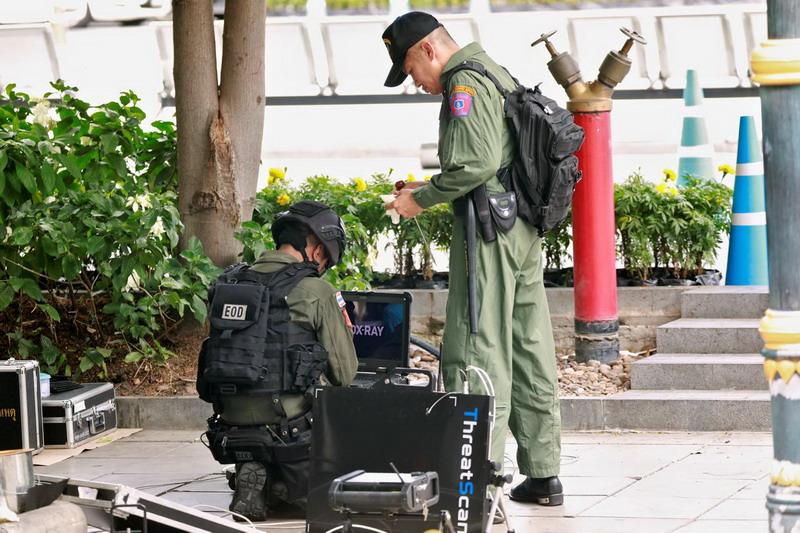 https: img-z.okeinfo.net content 2019 08 04 18 2087469 polisi-thailand-tahan-tujuh-siswa-terkait-rangkaian-ledakan-bom-di-bangkok-tqLQyehgQ0.jpg