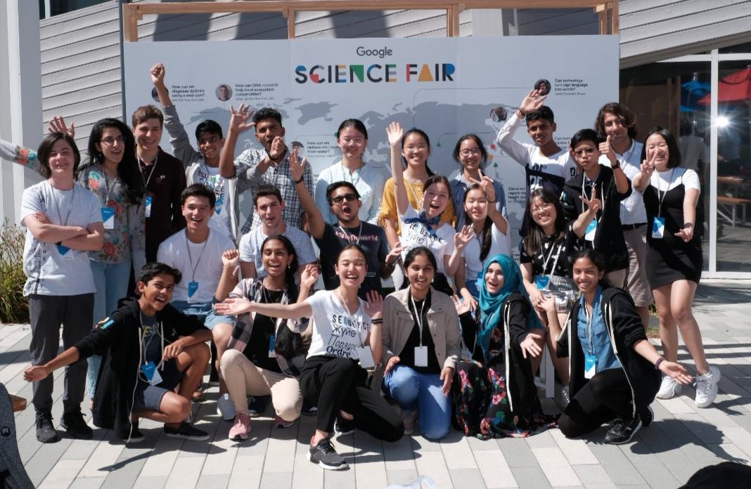 https: img-z.okeinfo.net content 2019 08 04 56 2087382 pelajar-indonesia-raih-penghargaan-bergengsi-di-google-science-fair-2019-eGBMYEwPcN.jpg