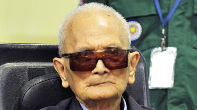 https: img-z.okeinfo.net content 2019 08 05 18 2087779 nuon-chea-kakak-kedua-rezim-khmer-merah-kamboja-meninggal-Q0uuVxFR8L.jpg