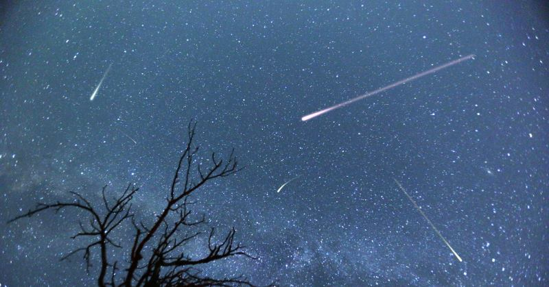 https: img-z.okeinfo.net content 2019 08 12 56 2090824 puncak-hujan-meteor-perseid-bakal-terjadi-pekan-ini-lR7HTmw8Ax.jpg