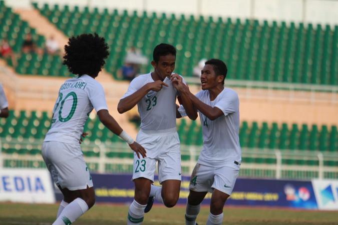https: img-z.okeinfo.net content 2019 08 15 51 2092229 thailand-yang-terpuruk-kerap-beri-keuntungan-bagi-indonesia-juara-piala-aff-u-18-2019-rV9Gd4UNZO.jpg