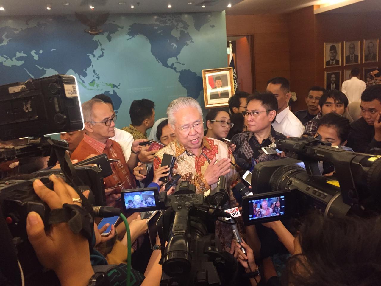 https: img-z.okeinfo.net content 2019 08 16 320 2092723 sawit-indonesia-kena-bea-masuk-mendag-kirim-nota-keberatan-ke-uni-eropa-RwoKKrRVXU.jpg